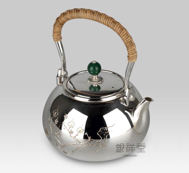 银壶 600cc桃形亮银梅花雕金