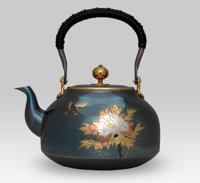 Silver Kettle 1,100cc Calabash Shape with Peony Pattern