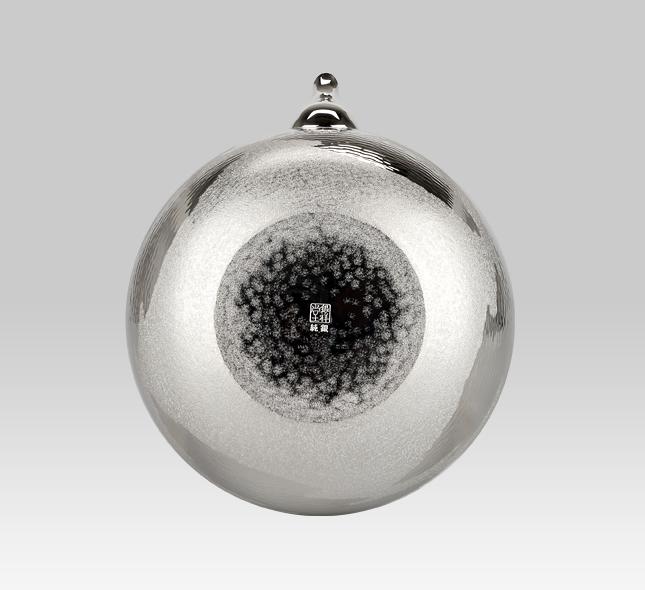 銀瓶 1,000cc平丸銀仕上瑞雲模様